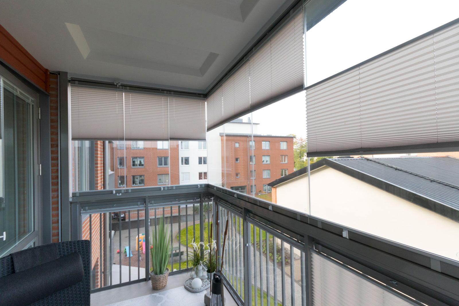 Solskydd för balkong